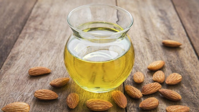 The benefits of sweet almond oil