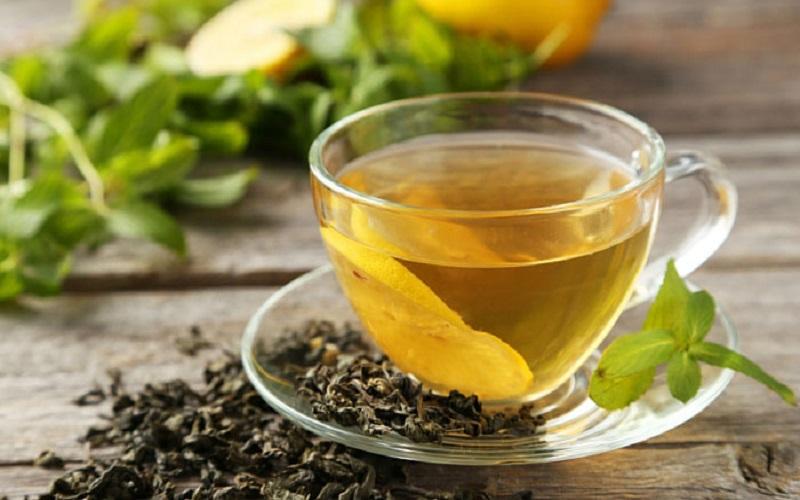 زمان مصرف چای سبز و شناخت عوارض آن