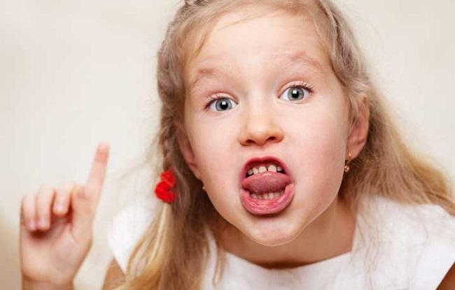 نحوه ی برخورد با کودک بد دهن