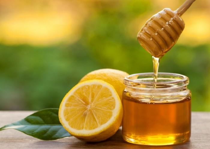 آشنایی با خاصیت های باور نکردنی عسل و لیمو