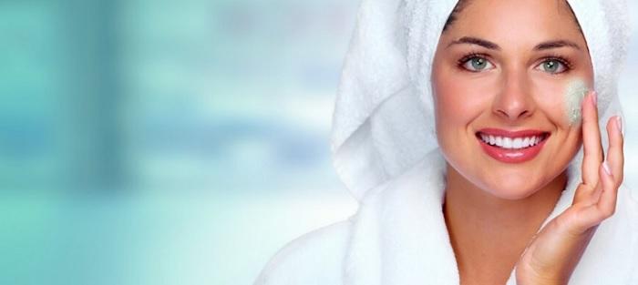 بهترین روش های طبیعی برای لایه برداری پوست