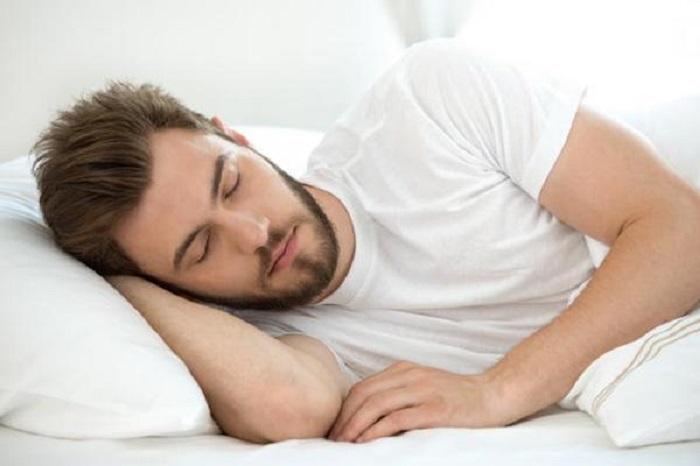 چرا زیاد نخوابیم؟