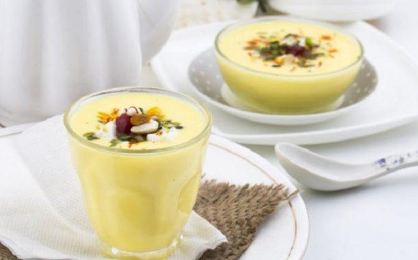 آموزش تهیه نوشیدنی خوشمزه شیر و زعفران