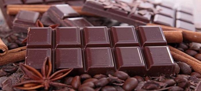 شکلات تلخ و لاغری