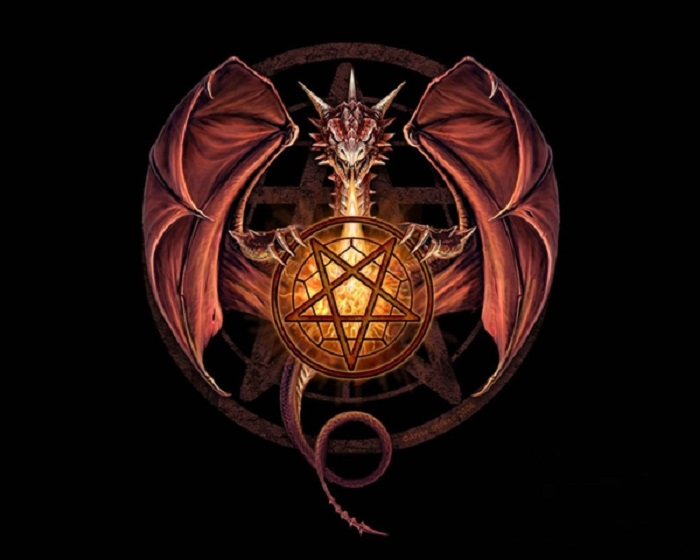 آشنایی با نمادهای شیطان پرستی